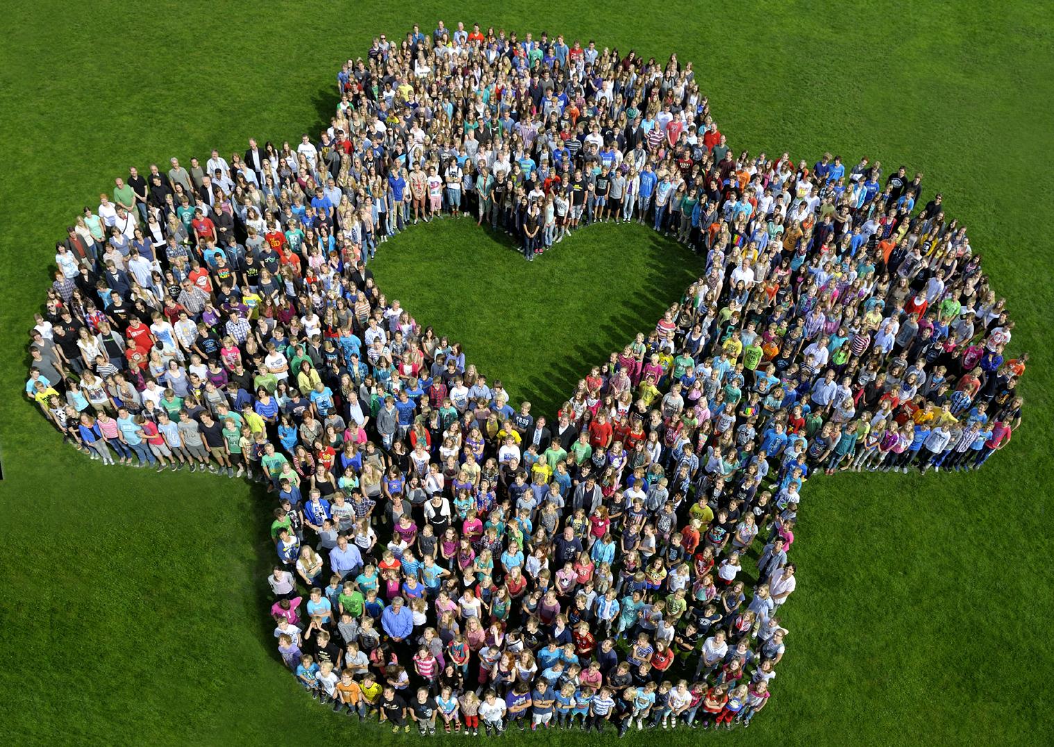 Die Schulgemeinschaft im Sommer 2012