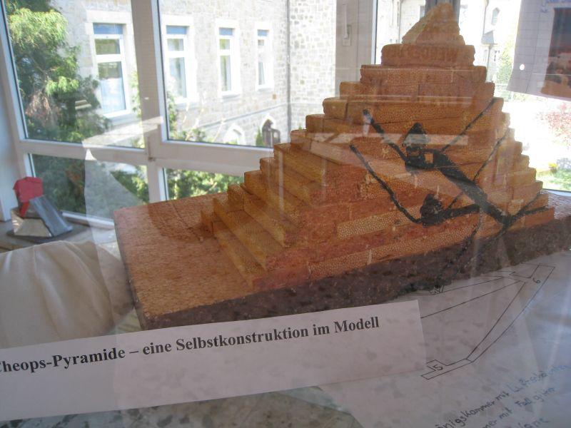 pyramide5b