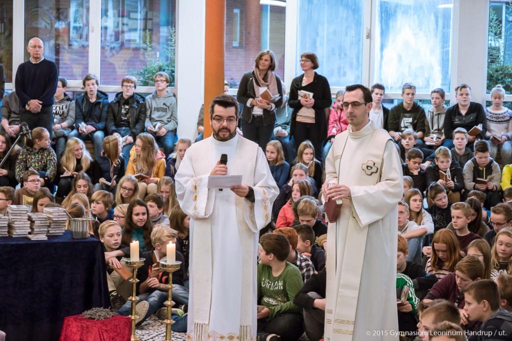 2015-11-13-GoDi-Gebetbucheinführung-04