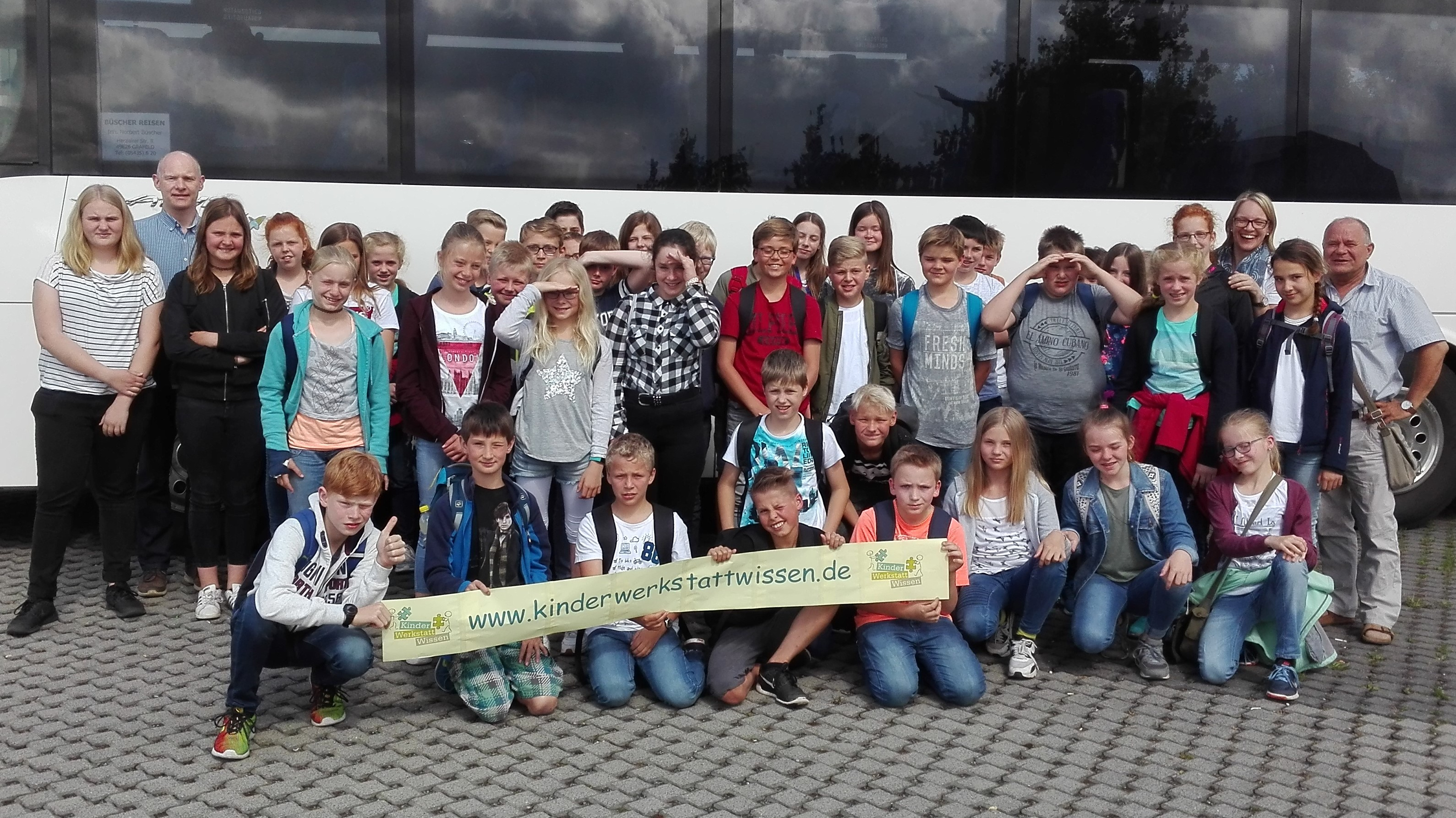 Busgruppe - Kopie (2)